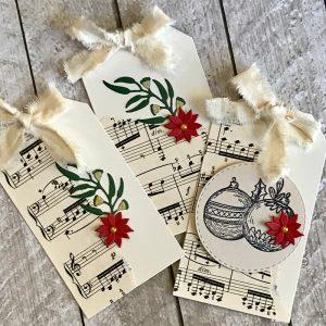 kit-gumleaf-christmas-front-no-inking